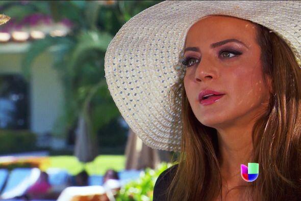 Esperaste demasiado Ana para confersarle tu secreto a Fernando.