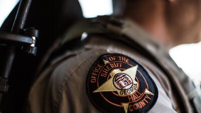 La oficina del sheriff de Gainesville, Georgia, es una de las 60 agencia...