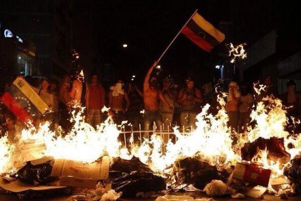 Las protestas en Venezuela contra el gobierno han dejado un saldo de al...