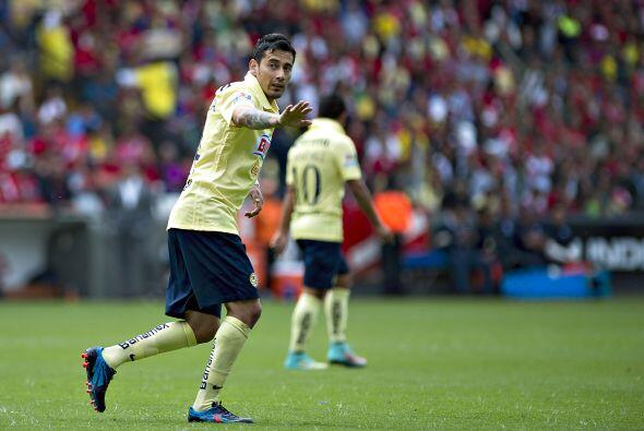Hombres como Oribe Peralta y Rubens Sambueza deben ganar los balones div...