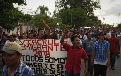 Caravana de migrantes centroamericanos a su paso por México.