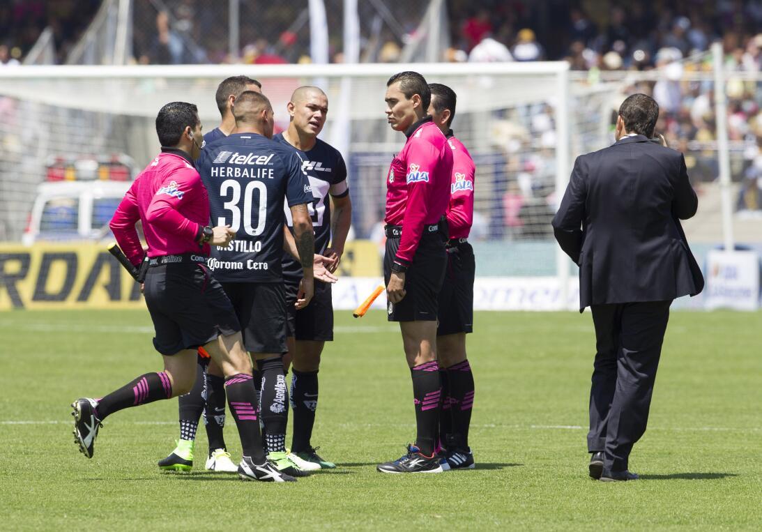 América sufrió, pero al final derrotó 3-2 a los Pumas en CU 025 Marco An...