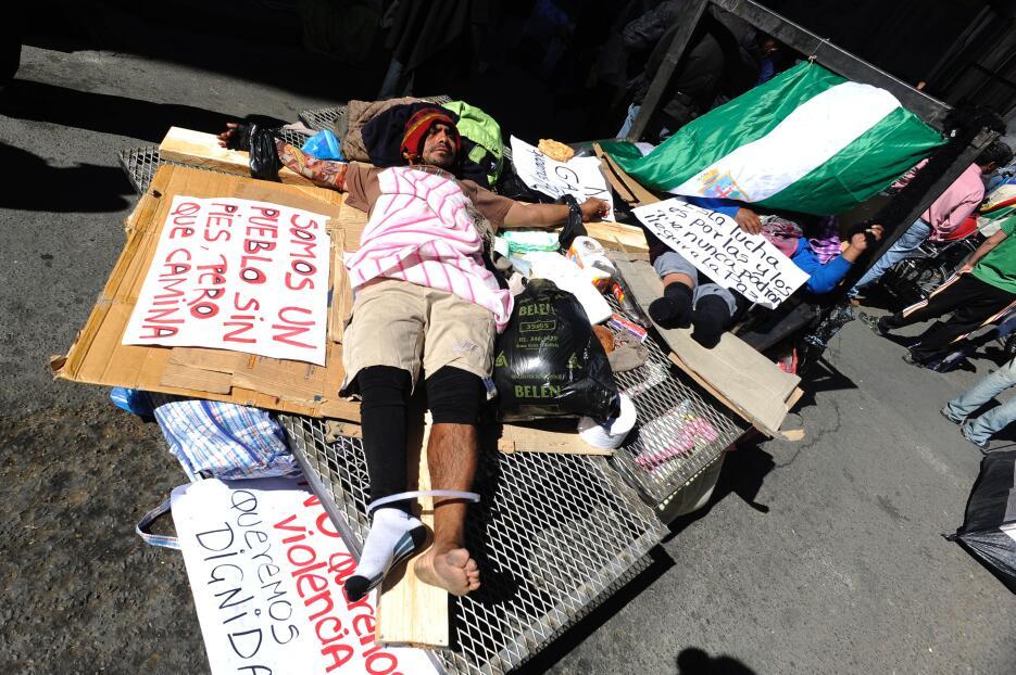 La tortuosa protesta de los discapacitados en Bolivia GettyImages-526116...