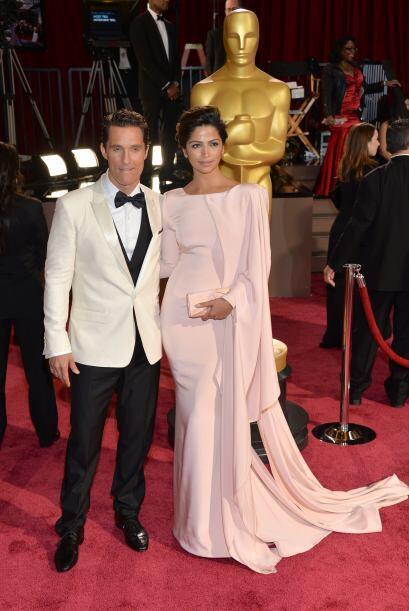 Mathew McConaughey y su esposa la model Camila Alves, en la celebración...