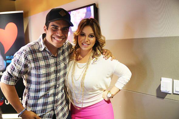 Aquí con Gorritas, productor del show de Omar y Argelia.