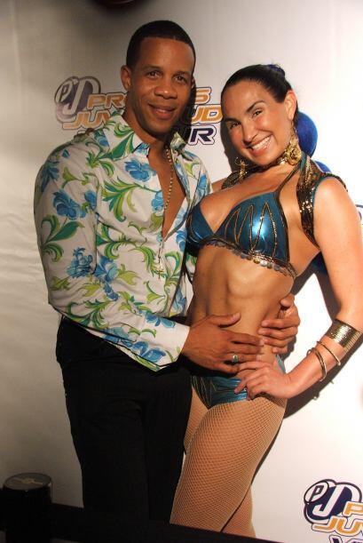 Bailarines y modelos del evento también desfilaron y posaron en la alfom...