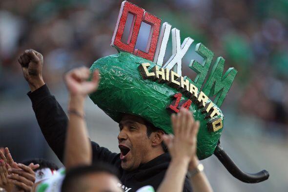 Y tal vez no sea el más grande, pero este sombrero es más que 'curioso'....