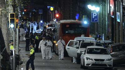 La noche en Barcelona tras un día de terror