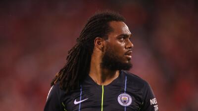 Jason Denayer pasa en compra del Manchester City al Lyon