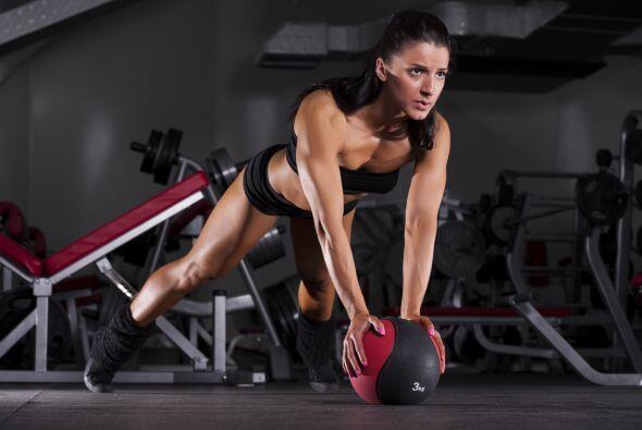 Cada semana, aumenta de forma gradual el peso que utilizas, o la cantida...