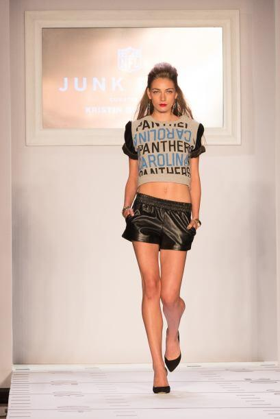 La firma Junk Food de Kristin Cavallari, al igual que DKNY, mostró una c...