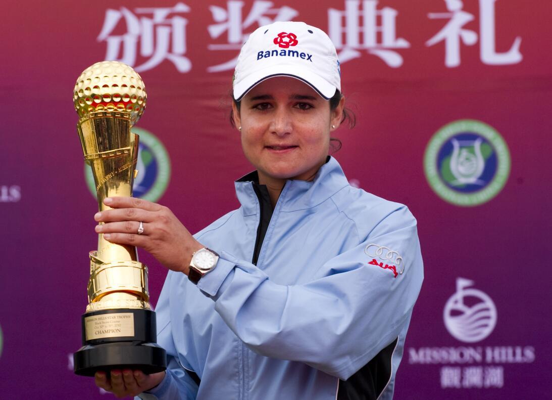 Lorena Ochoa, múltiple campeona en el golf, también es madre. Son 3 hijo...