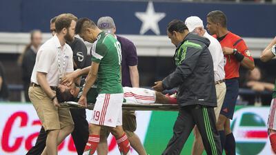 La lesión Néstor Araujo recuerda la del 'Chapito' Montes en 2014