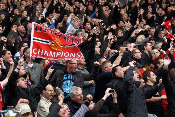 Los hinchas festejan y ahora piensan en la final ante el Barcelona por l...