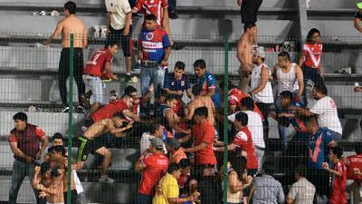 Momentos vergonzosos de la afición en el fútbol mexicano