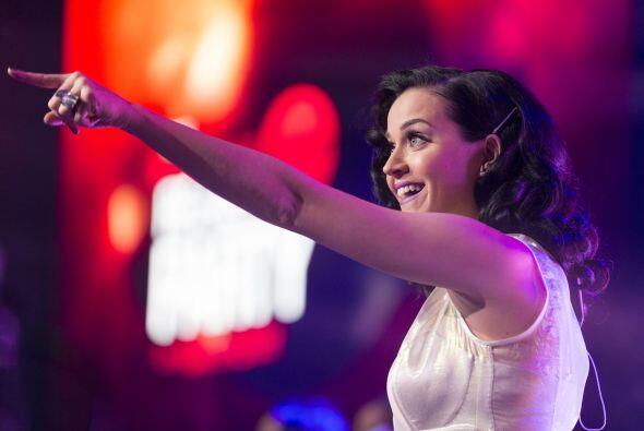 Ahora será el turno de Katy Perry, quien seguro nos deleitará con sus éx...