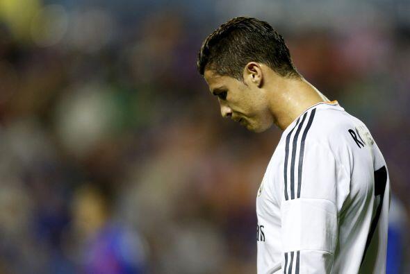 La oportunidades del Madrid se iban y el tiempo se venía encima.