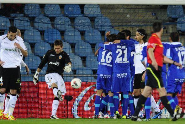 El Getafe le dio la vuelta al partido y frustró al Valencia. EL Getafe s...