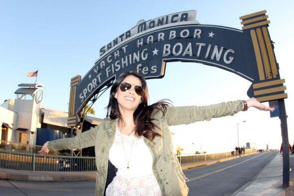 La reina llegó a Los Ángeles, CA, con el equipo de Nuestra...