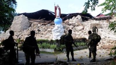 Las autoridades elevaron a 185 el número de muertos en el terremoto de 7...
