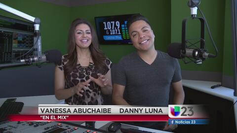 """""""En El Mix"""" con Danny Luna y Vanessa Abuchaibe - Lunes 10/17/16"""