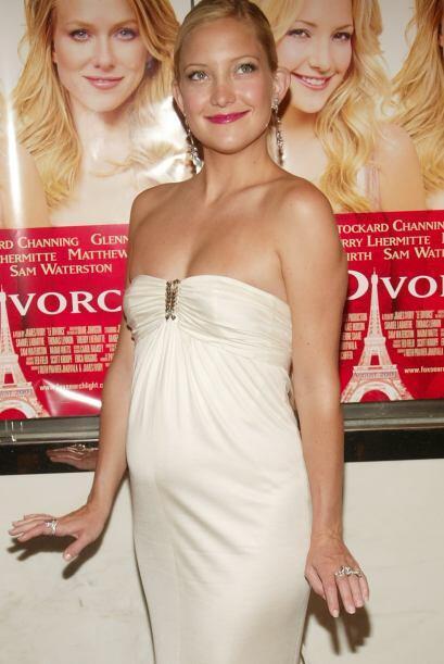 Por el mismo año la actriz Kate Hudson tuvo esta barriguita de su primer...