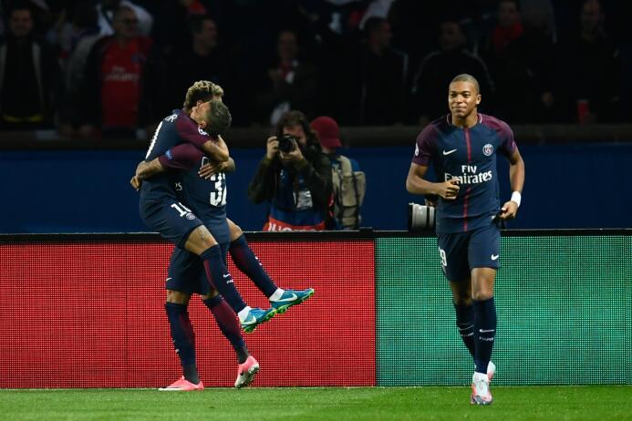 El dominio de PSG contra Bayern Munich con Cavani, Neymar y Mbappe conec...