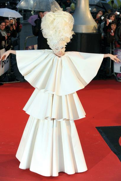 El mejor disfraz de Lady Gaga d7353fad6c30493aafee3ec38aa9f074.jpg