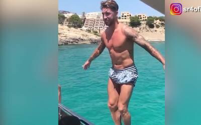 Sergio Ramos impresionó a sus seguidores con un salto mortal de espaldas
