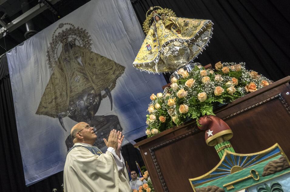 El padre Fernando Eduardo Heria, rector de la ermita de la Caridad del C...