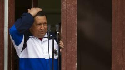 Chávez continúa su tratamiento de radioterapia en Cuba después de una in...