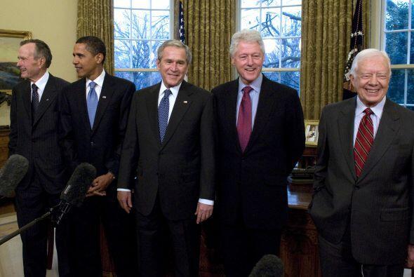 Desde 2009 George w. Bush, siendo aún presidente, se reunió con el presi...