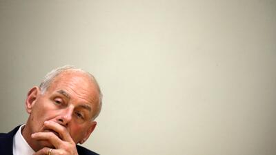 John Kelly durante su visita a Haití este miércoles 31 de mayo.