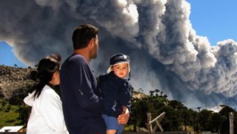 Alerta por actividad del volcán Copahue.