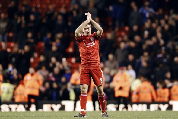Steven Gerrard agradeció a la aficion, que apoyó al equipo en todo momento.