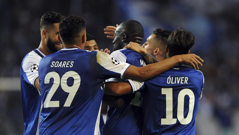 Porto se mantiene líder en Portugal.
