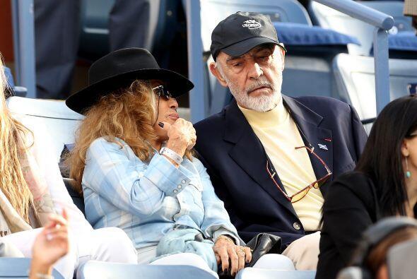 Sean Connery junto a su esposa.Mira aquí lo último en chismes.