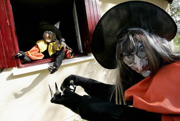10. Sombreros de brujas: Si no encuentras la bruja completa, no te aflij...