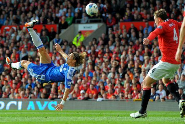 Pero apenas arrancó el complemento, Fernando Torres hizo su primer gol d...