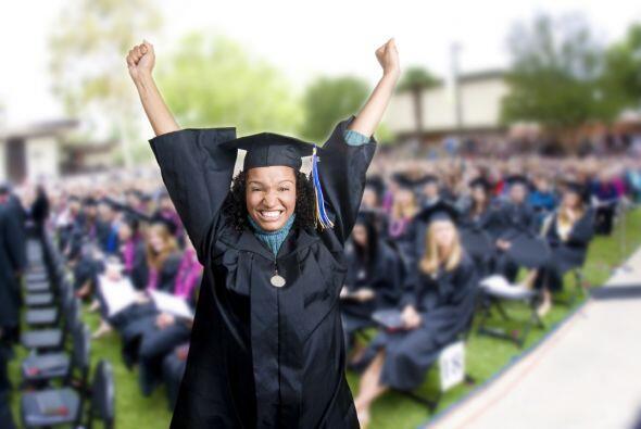 Sólo se termina la secundaria una vez en la vida, y tu graduado favorito...