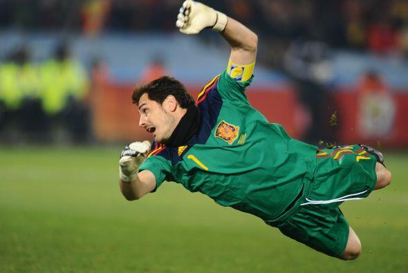 Actualmente el meta español tiene 7 partidos invicto y se encuentra a 4...