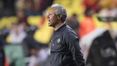 """Hernández se quejó les arbitraje y aseguró que """"Le estábamos pegando un baile a Tigres"""""""