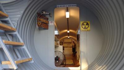 Los refugios circulares construidos 20 pies bajo tierra son los que más...