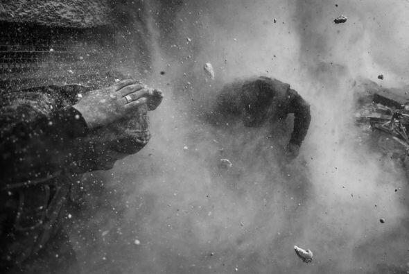 El fotógrafo Goran Tomasevic ganó el primer lugar en la categoría Notici...