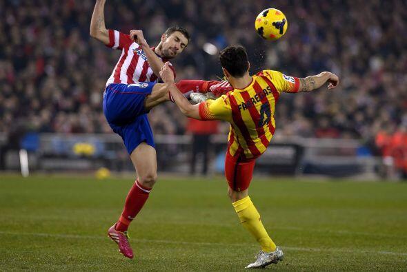 Atlético de Madrid y Barcelona se enfrentaron en el Estadio Vicen...