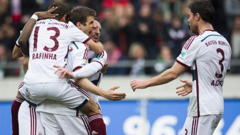 Thomas Müller hizo un doblete despupes del gol de Xabi Alonso.