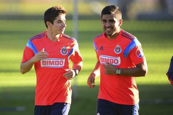 Siguiendo con Chivas Miguel Ponce tuvo que ser intervenido de la rodilla...