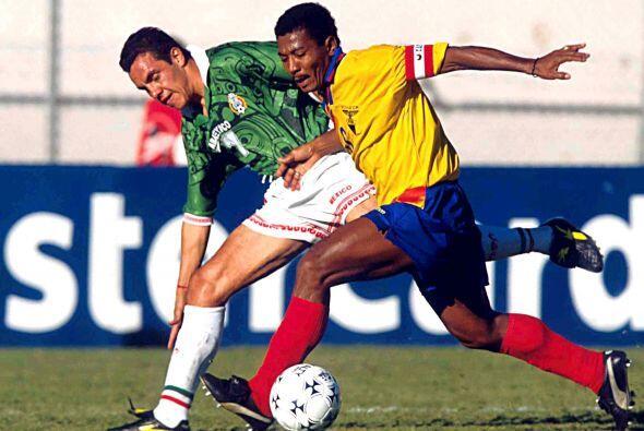 En la Copa América de Bolivia 1997, Ecuador y México se volvieron  a enf...