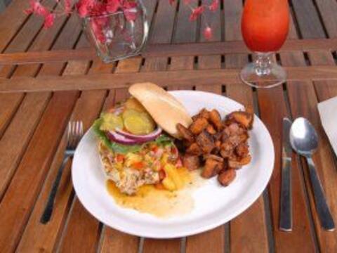 Emparedado de escabeche de pavo: Nutritivo, práctico, delicioso.....