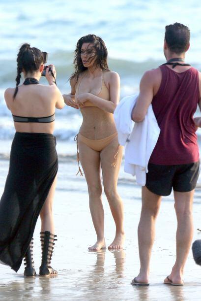 La estrella de televisión protagonizó una sensual sesión fotográfica en...